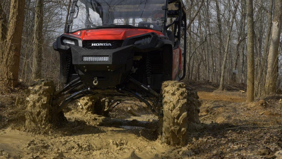 Honda Pioneer 1000 mud build